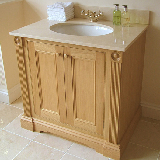 Traditional Oak vanity unit